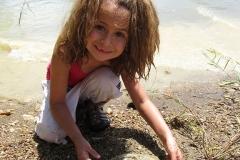 MudMucking_Kelly Girl showing rocks